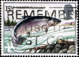 Timbres poste à l'effigie du saumon.